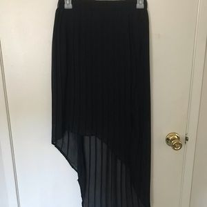 high low pleated black skirt